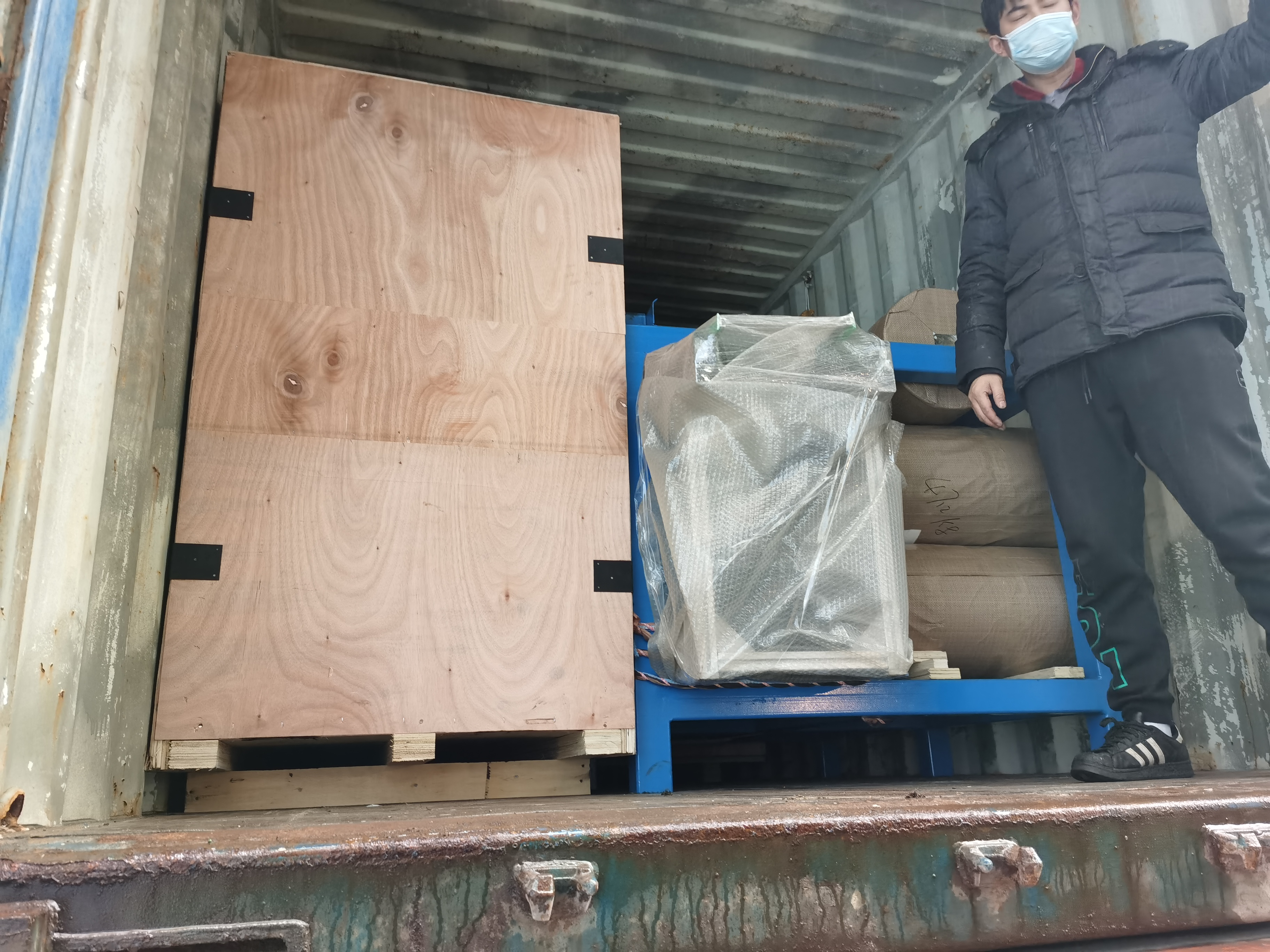 Dry ice machine delivered to Saudi Arabia